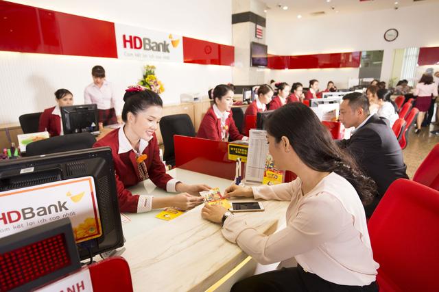 Năm 2018, HDBank lãi 4.005 tỉ đồng, tăng 65.7 % - Ảnh 1.