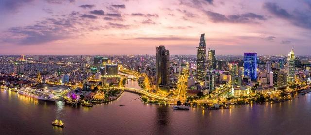 Lĩnh vực công nghệ thúc đẩy bất động sản Hà Nội và TP.HCM - Ảnh 1.