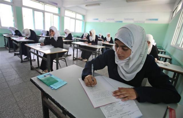 """Đổi mới giáo dục tại Ai Cập: Thực hiện các kỳ thi """"mở sách"""" - Ảnh 1."""