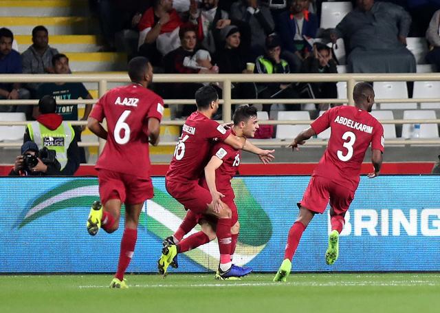 Hạ Iraq, Qatar đoạt vé cuối vào tứ kết Asian Cup 2019 - Ảnh 1.