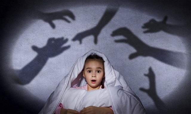 """Ác mộng và hội chứng """"giấc ngủ kinh hoàng"""" ở trẻ nhỏ - Ảnh 1."""
