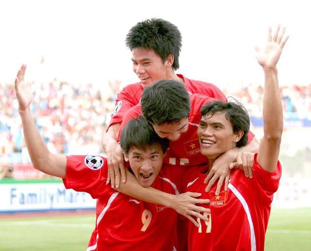 Mong tái hiện bàn thắng của Tài Em ở Asian Cup 2007 - Ảnh 1.