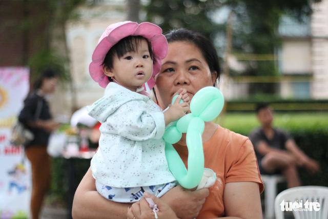 Mang Xuân yêu thương đến với bệnh nhi ung thư - Ảnh 11.