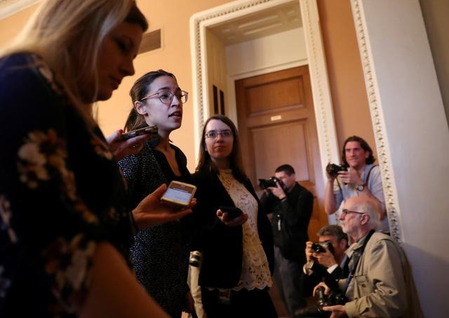 Thượng viện Mỹ phủ quyết hai dự luật nhằm mở cửa lại chính phủ - Ảnh 1.