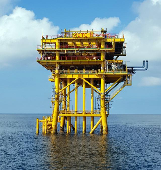 Vietsovpetro đón dòng dầu 1.630 tấn/ngày - Ảnh 1.