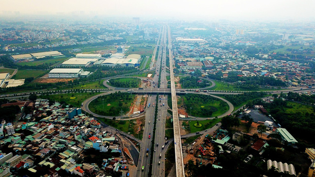 Metro số 1 Bến Thành - Suối Tiên cần 9.502 tỉ đồng để kịp tiến độ 2019 - Ảnh 1.