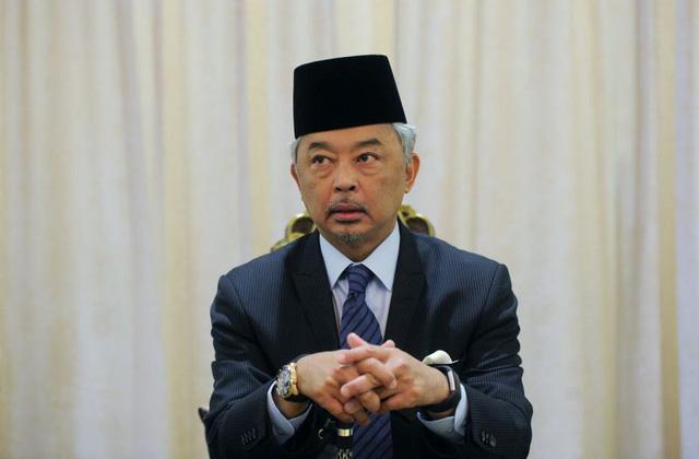 Vua mới của Malaysia đang làm việc trong FIFA - Ảnh 2.