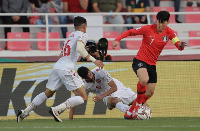 Còn 2 đội giữ sạch lưới tại Asian Cup 2019 - Ảnh 1.