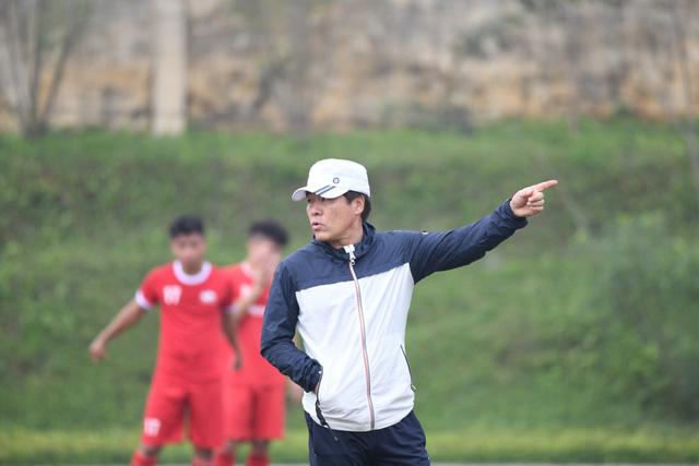 Người quen của HLV Park Hang Seo dẫn dắt CLB Viettel - Ảnh 1.