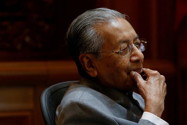 Malaysia nói chưa hủy dự án đường sắt với Trung Quốc - Ảnh 1.