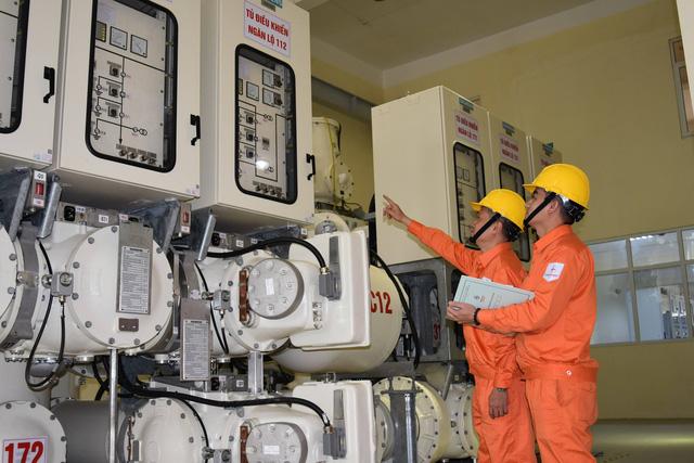 Dự báo nhu cầu thấp hơn 20 - 30%, EVN đảm bảo cung ứng điện dịp Tết - Ảnh 1.