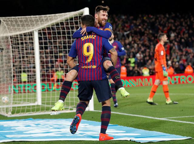 Đè bẹp Sevilla 6-1, Barcelona ngược dòng vào bán kết Cúp nhà vua - Ảnh 2.