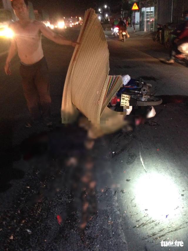 Truy tìm xe khách cán chết người ở Tiền Giang rồi bỏ trốn - Ảnh 2.