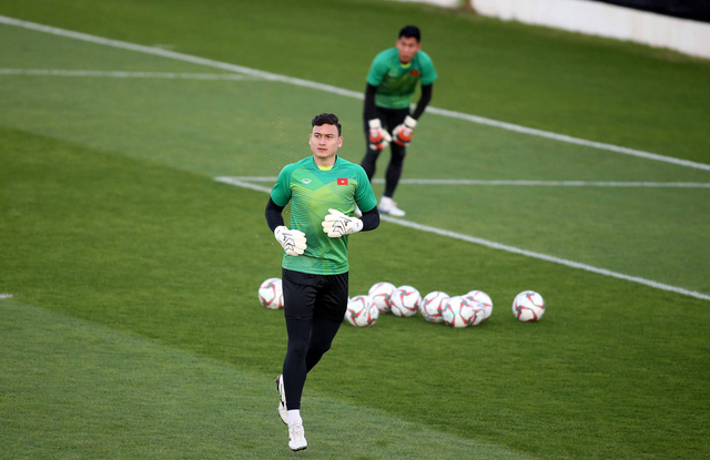 Thủ môn Đặng Văn Lâm sẽ khoác áo CLB Muangthong sau Asian Cup 2019 - Ảnh 3.