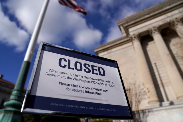 GDP của Mỹ có thể mất 10% nếu chính phủ tiếp tục đóng cửa - Ảnh 1.
