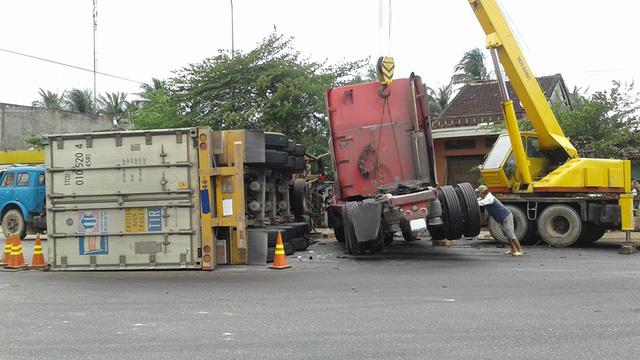 Tai nạn giao thông thảm khốc: Trách nhiệm chủ xe đến đâu? - Ảnh 1.