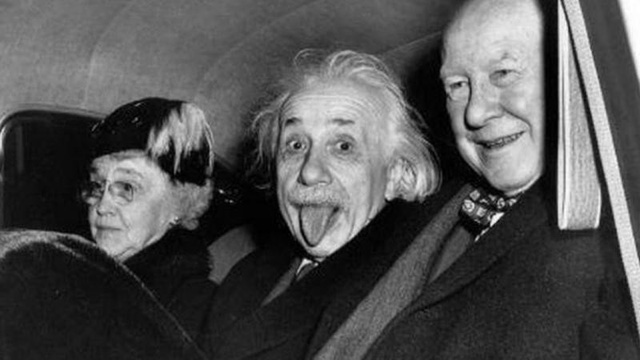 Einstein lẫn Newton đều sai bét, theo lời học giả Ấn Độ - Ảnh 1.