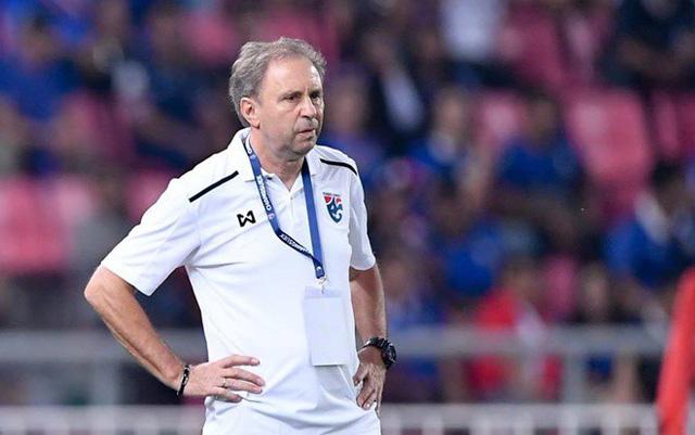 Cựu tuyển thủ Thái Lan: Đội tuyển không phải là nơi cho HLV Rajevac thử nghiệm - Ảnh 2.