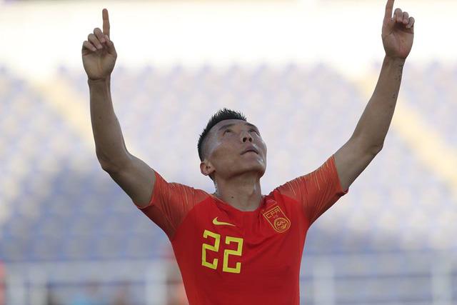 Thủ môn mắc sai lầm, Kyrgyzstan  thua ngược Trung Quốc ở trận ra quân Asian Cup 2019 - Ảnh 2.