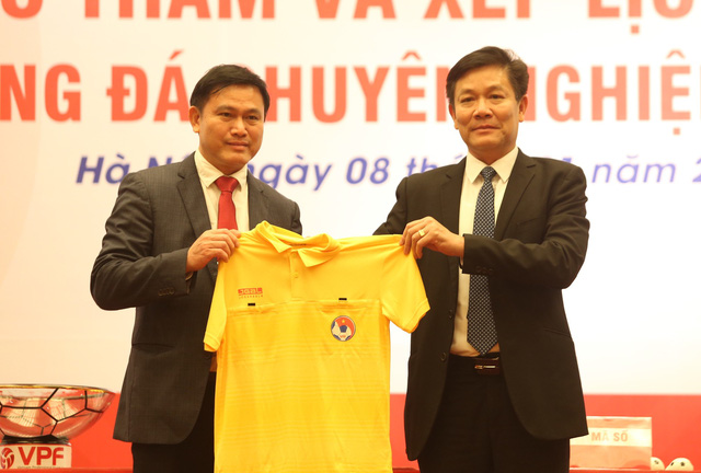 V-League 2019 sẽ áp dụng công nghệ VAR - Ảnh 2.