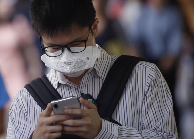Ô nhiễm nặng, Bangkok khuyên người dân đeo khẩu trang - Ảnh 1.