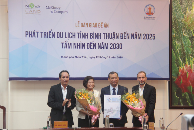 Bình Thuận nhận đề án phát triển du lịch đến năm 2025 - Ảnh 1.
