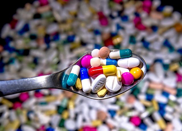 Cảnh báo các loại thuốc gây nhiều nguy cơ tiềm ẩn với môi trường - Ảnh 1.
