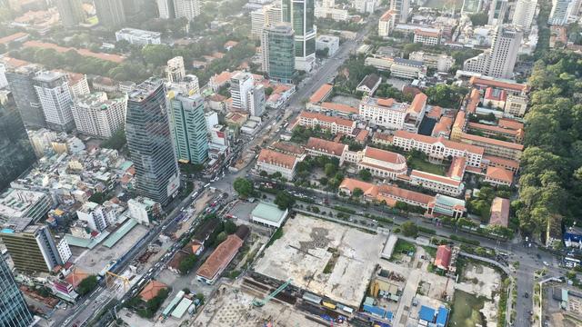 Giá đất đường Đồng Khởi, Hàm Nghi, Lê Lợi vẫn 162 triệu đồng/m2 - Ảnh 1.