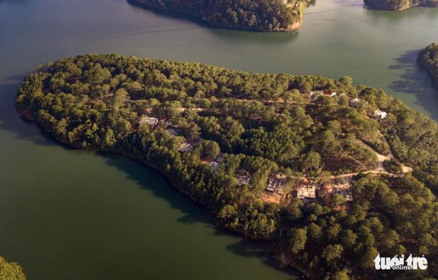 Lại lấn rừng phòng hộ hồ Tuyền Lâm Đà Lạt xây công trình sai phép - Ảnh 3.