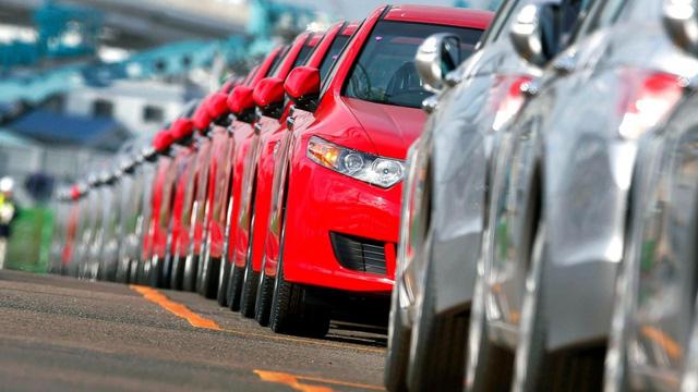 Chính phủ Pháp đề xuất giải pháp xanh hóa ngành chế tạo ôtô - Ảnh 1.