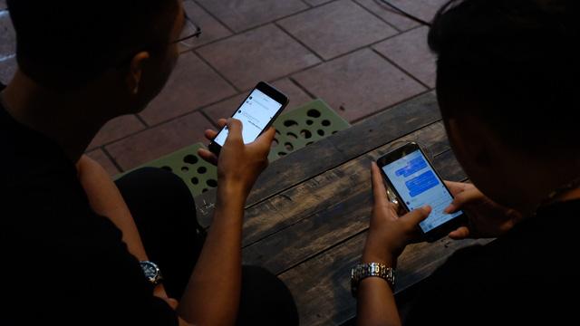 Người dùng muốn nhắn tin hơn gọi điện, email - Ảnh 1.