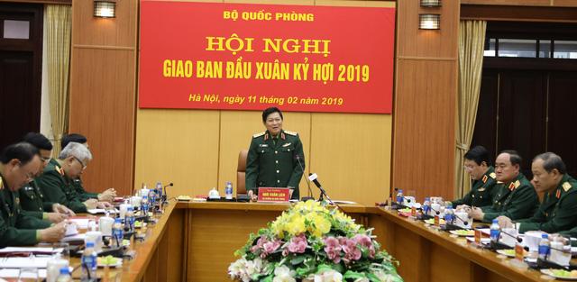 Bộ trưởng Bộ Quốc phòng: Không dùng xe công đi lễ hội trong giờ hành chính - Ảnh 1.