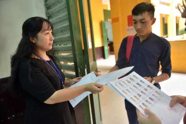 Cần siết chặt khâu coi thi, chấm thi THPT quốc gia 2019 - Ảnh 1.