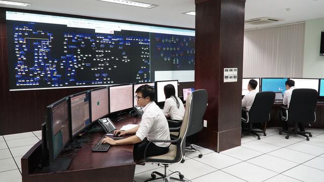 EVNSPC cung cấp điện ổn định  trong kỳ nghỉ Tết - Ảnh 1.