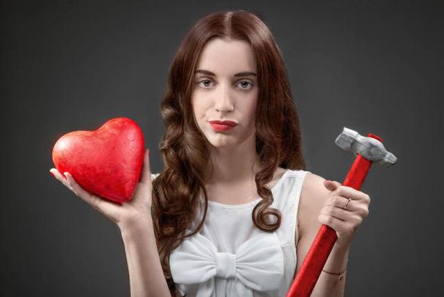 Nhiều người ghét Valentine vì ghen tị? - Ảnh 1.