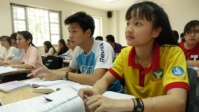 Tuyển thí sinh sư phạm trên 1,5m vì muốn tuyển giáo viên đủ sức khỏe - Ảnh 1.