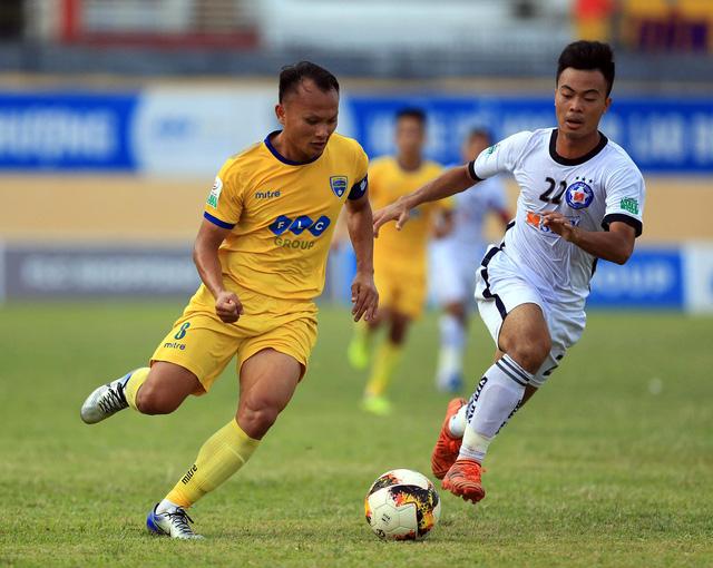 CLB Nam Định, Thanh Hóa: Nguồn cung nhân sự cho V-League 2019 - Ảnh 1.