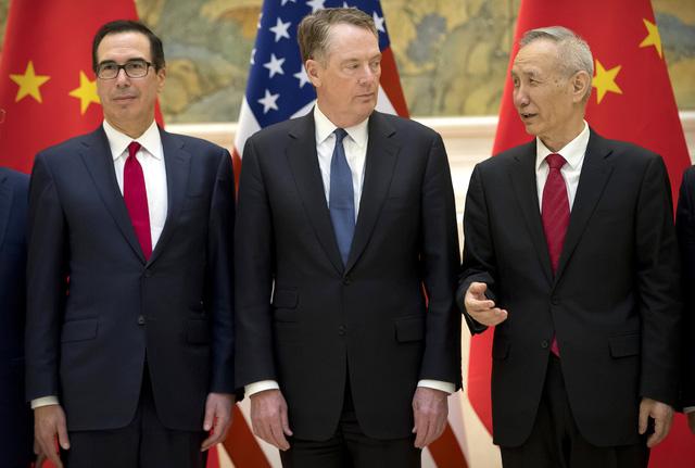 Tổng thống Donald Trump: Có thể nới thêm thời hạn tăng áp thuế Trung Quốc - Ảnh 1.