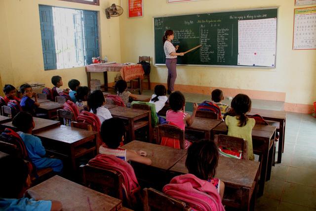 Không chấp hành điều động, giáo viên Quảng Trị sẽ bị buộc thôi việc - Ảnh 1.