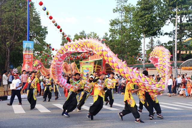Sẽ có hàng vạn du khách dự lễ hội Chùa Bà ở Bình Dương - Ảnh 13.