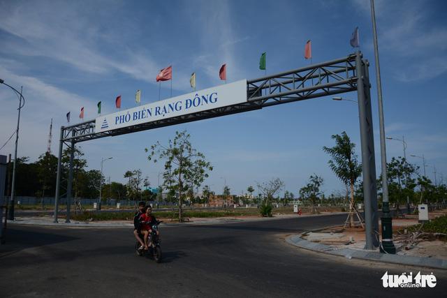 Kiểm tra dự án biến sân golf Phan Thiết thành khu đô thị du lịch biển - Ảnh 2.