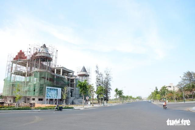 Kiểm tra dự án biến sân golf Phan Thiết thành khu đô thị du lịch biển - Ảnh 1.