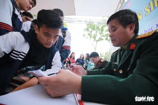 Các trường quân đội xét tuyển theo kết quả thi THPT quốc gia - Ảnh 1.
