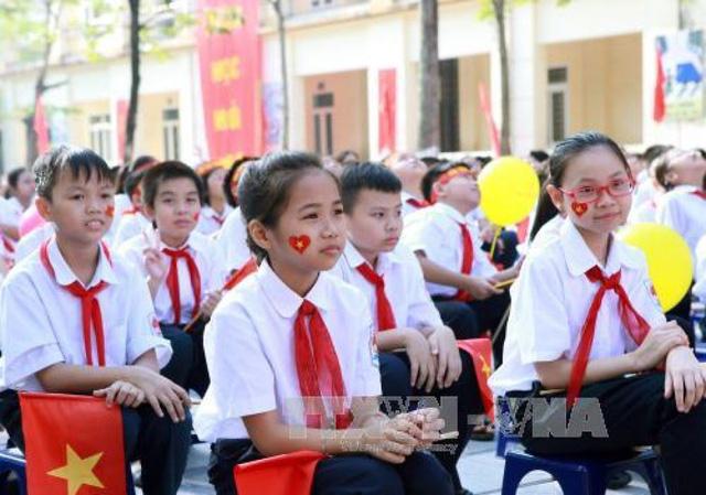Hà Nội tuyển học sinh lớp 6 chương trình song bằng - Ảnh 1.