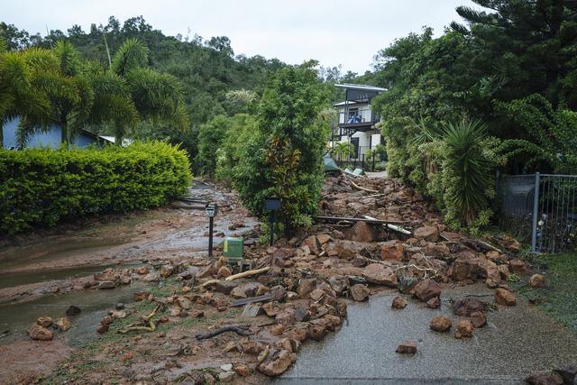 Miền đông Úc sắp hứng trận lụt thế kỷ - Ảnh 3.