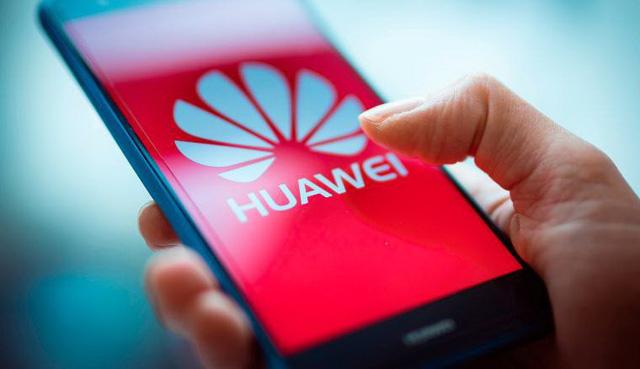 Công an Gia Lai bác tin được tặng điện thoại Huawei - Ảnh 1.