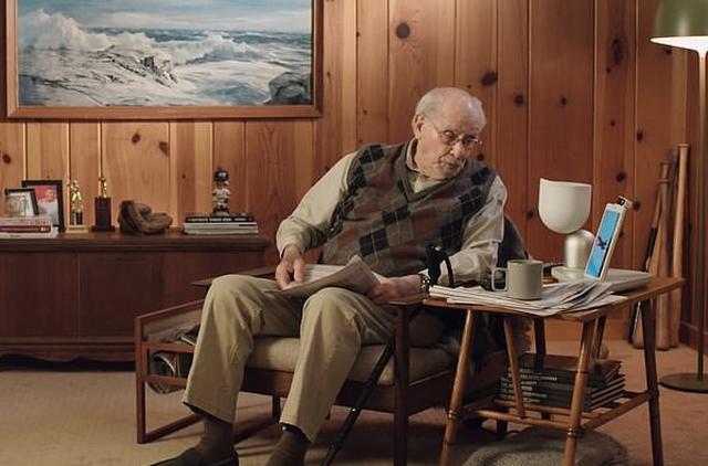 Người già tìm đến ứng dụng 'đặt hàng cháu cưng' để bớt cô đơn - Ảnh 2.