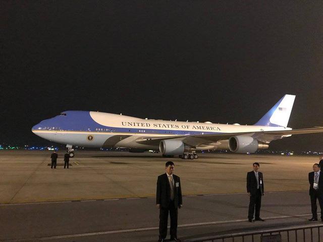 Air Force One của Tổng thống Mỹ Donald Trump đã đến Nội Bài - Ảnh 2.