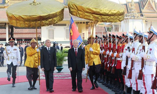 Việt Nam, người bạn vĩ đại của Campuchia - Ảnh 1.
