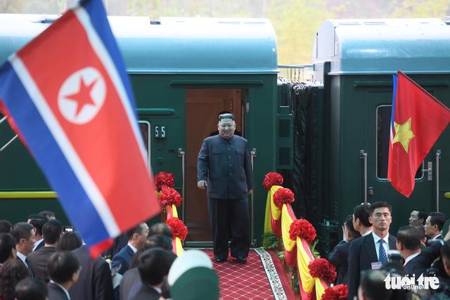 Chủ tịch Kim Jong Un rời ga Đồng Đăng tiến về Hà Nội - Ảnh 1.